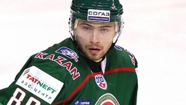 Футбольный «КАМАЗ» подписал хоккеиста «Ак Барса»