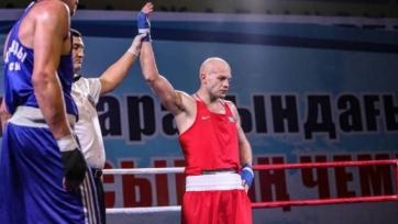 Первый казахстанский боксер вышел в четвертьфинал чемпионата Азии