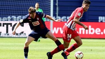 «Атлетико» вырвал победу у «Эйбара»
