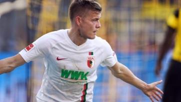 «Аугсбург» до конца сезона потерял нападающего сборной Исландии