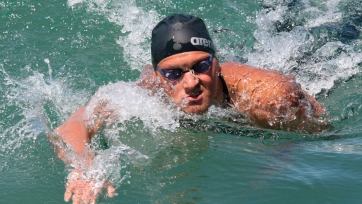 Казахстанские пловцы завоевали еще две медали на чемпионате Азии