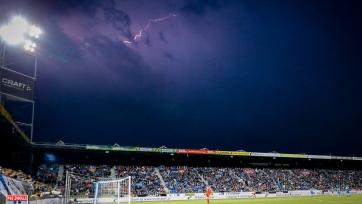 Матч чемпионата Нидерландов не был доигран из-за сильной грозы
