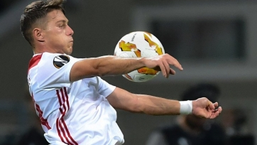 Двум клубам АПЛ и «Порту» нужен защитник «Олимпиакоса»