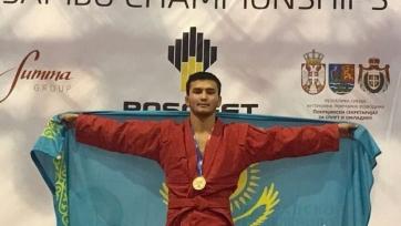 Казахстанец Мамаев завоевал «серебро» на турнире по самбо во Владивостоке