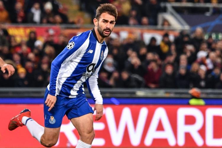 Adrian испанец футболист
