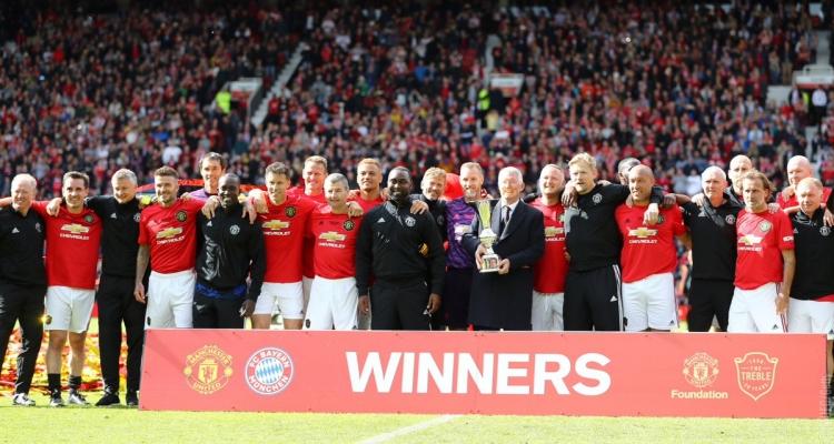 Легенды «Манчестер Юнайтед» под руководством Фергюсона разгромили «Баварию» в благотворительном матче. Видео