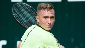 Евсеев вышел во второй круг турнира в Узбекистане, Голубев - нет