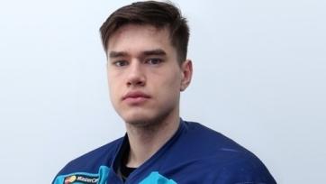 Щекин продлил контракт с «Авангардом»