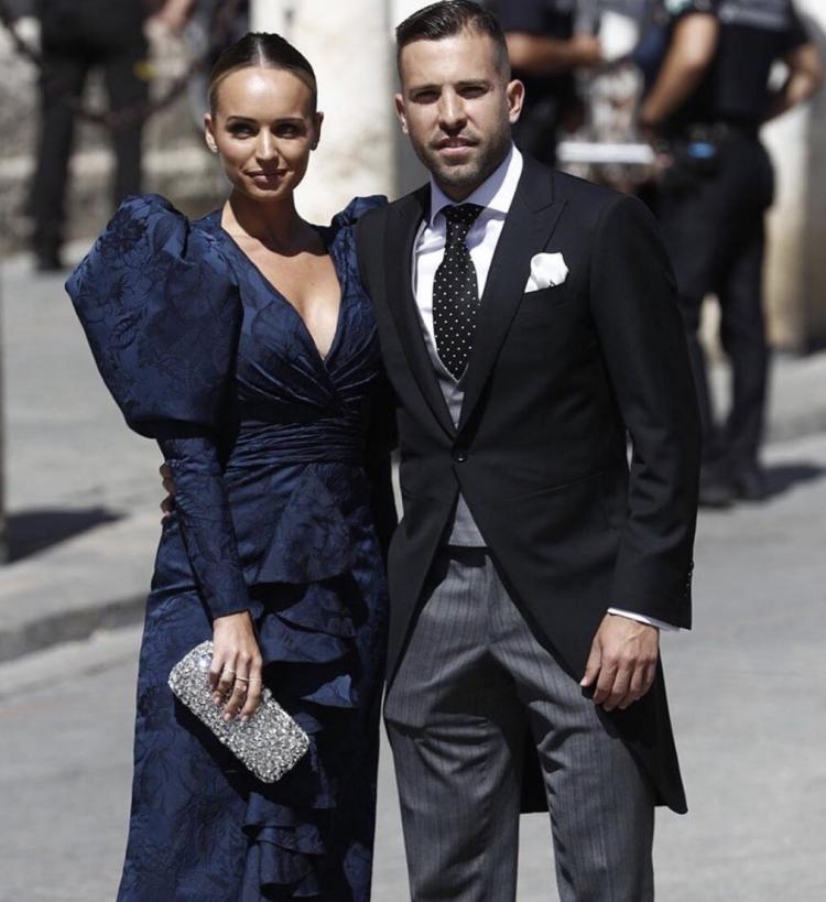 Рамос женился. Его свадьбу посетили Бекхэм, Бускетс, Перес и другие. Фото