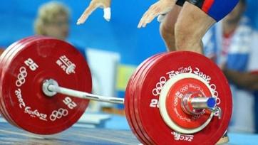Ломанов стал четвертым на ЧМ по тяжелой атлетике среди юниоров