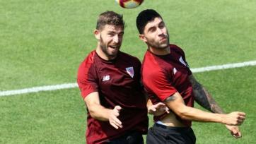 «Атлетик» собирается обновить контракты с двумя защитниками