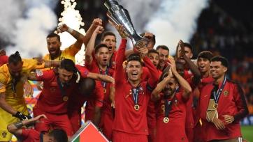 Триумф португальцев, трансферные цели «МЮ», будущее Неймара и Гризманна, топовый Азар
