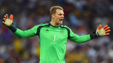 УЕФА отметила финт Нойера в матче с Беларусью. Видео