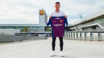 «Барселона» пополнилась молодым защитником