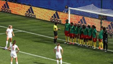 VAR лишил Камерун гола и убил интригу в матче с Англией. Видео
