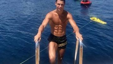 Удивительный отдых Криштиану Роналду на яхте за 15 млн фунтов. Фото