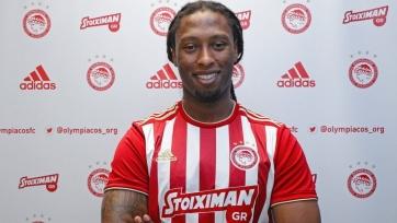Защитник «Вильярреала» перешел в «Олимпиакос». За два года его трансферная стоимость упала в 7 раз