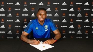 Официально: Ван-Биссака подписал контракт с «Манчестер Юнайтед»