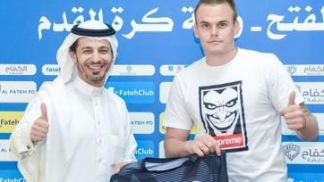 Бывший вратарь киевского «Динамо» подписал трехлетний контракт с саудовским клубом