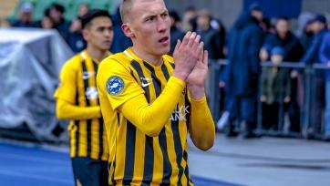 Полузащитник сборной Казахстана ведет переговоры с двумя клубами РПЛ
