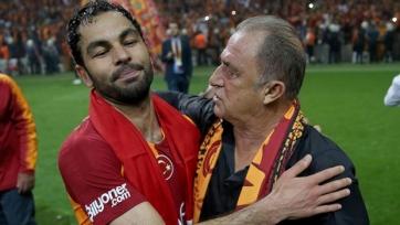 «Галатасарай» продлил контракты с главным тренером и капитаном