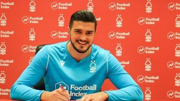 «Манчестер Сити» продлил вратаря и отдал его в аренду