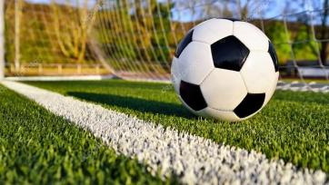 10-летний нигерийский мальчик показал чудеса обращения с мячами. Видео