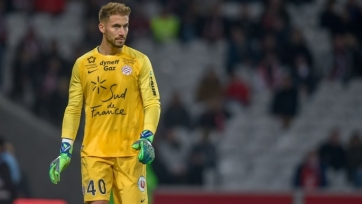 «Монако» подписал голкипера из шорт-листа «Барселоны»