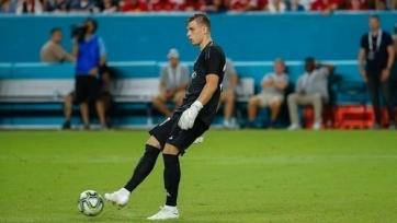 Лунин показал свои умения в игре ногами на тренировке «Реала». Видео