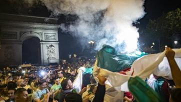 Фаны устроили беспорядки во Франции после победы Алжира в Кубке африканских наций. Видео