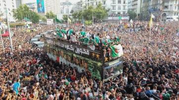Огненный кипиш от фанатов сборной Алжира. Видео