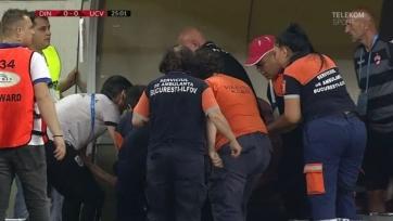 Тренер румынского клуба перенес сердечный приступ во время матча. Видео