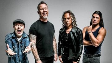 «Рубин» выпустил футболки в стиле группы Metallica. Видео
