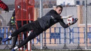 Непробиваемый Лунин на тренировках «Реала». Видео