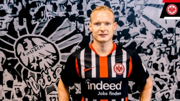«Айнтрахт» подписал полузащитника дортмундской «Боруссии»