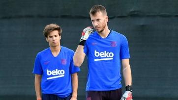 Вратарь «Барселоны» выбыл из строя из-за перелома, полученного на тренировке