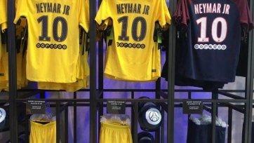 Из клубного магазина «ПСЖ» убрали футболки с Неймаром