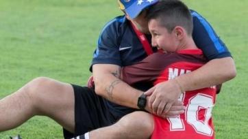 Салах исполнил мечту мальчика-инвалида из Казахстана. Видео
