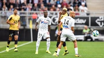 Поражение «Лилля», разгром «Монако» и масса удалений во втором туре чемпионата Франции