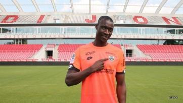 Вратарь сборной Сенегала перебрался из Италии во Францию