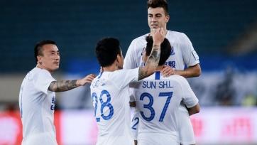 Дубль Эль-Шаарави не пустил команду Бенитеса, Гамшика и Рондона в финал Кубка Китая. Видео
