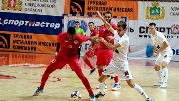 «Аят» провел стартовый матч на Кубке Урала