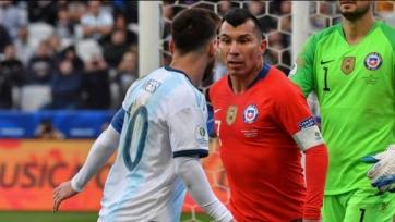 «Болонья» подпишет чилийца, из-за стычки с которым на Кубке Америки у Месси возникли серьезные неприятности