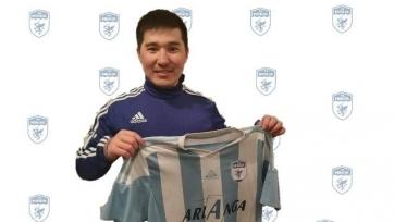 Казахстанский полузащитник продолжит карьеру в Испании