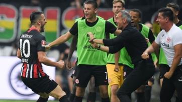 «Айнтрахт» отыграл у «Страсбура» гостевое поражение и пробился в групповой турнир Лиги Европы