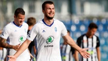 ЦСКА практически договорился по трансферу Комличенко