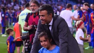 Игроки «Барселоны» почтили память умершей дочери Луиса Энрике. Видео