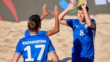 Пляжный футбол. Казахстан разгромил Венгрию