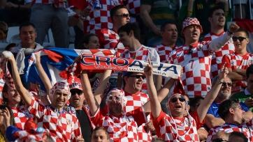 Хорватские фанаты спели колыбельную маленькому ребенку. Видео