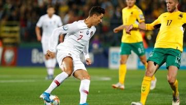 Португалия в гостях разгромила сборную Литвы в матче отбора Евро-2020
